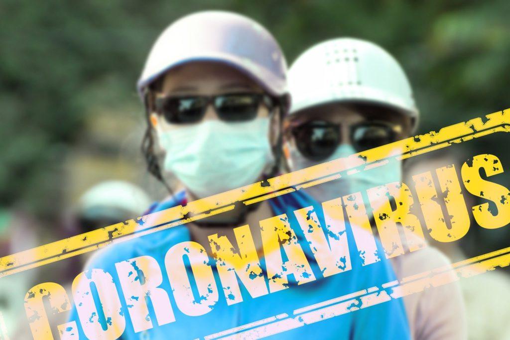Corona Virus cinesi cartello