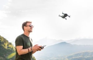 pilota drone