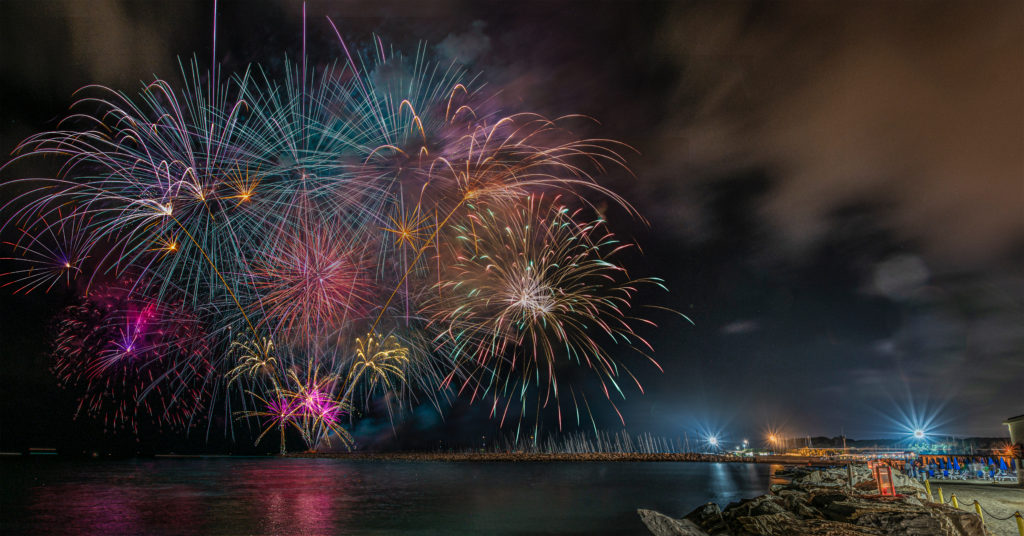 Fuochi d'Artificio a Ferragosto a Cecina Mare